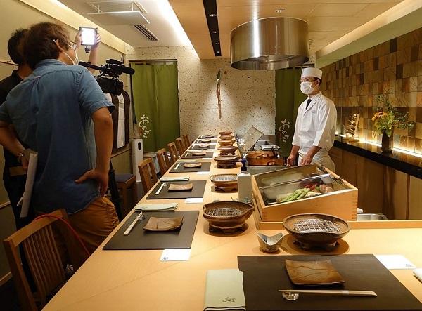 【メディア掲載】NHK総合「世界は教科書でできている」に「天ぷら 銀座おのでら」並木通り店が登場いたしました